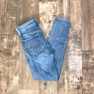 High-waisted Women's American Eagle Jegging